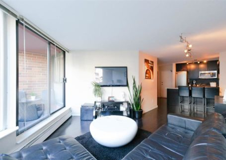 Apartment in the Heart of Downtown