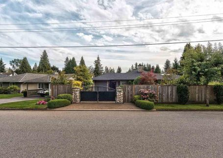 Beautiful 3 BR house in Edgemont, North Vancouver
