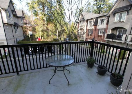 Unique and stunning 4 BR, 3 Bath townhome  in the Mt Seymour Park Way, North Vancouver