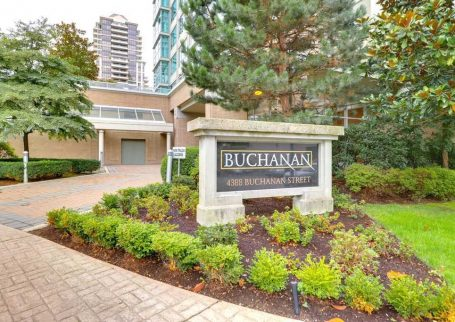Beautiful 2BR 1Bath Condo in Brentwood area, Burnaby