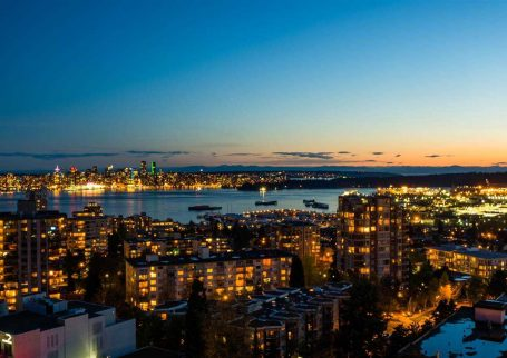 Furnished 2BR 2Bath condo with amazing city and ocean views in North Vancouver, Central Lonsdale