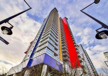 Bright 1 BR + Den + Office condo in Spectrum, Downtown Vancouver